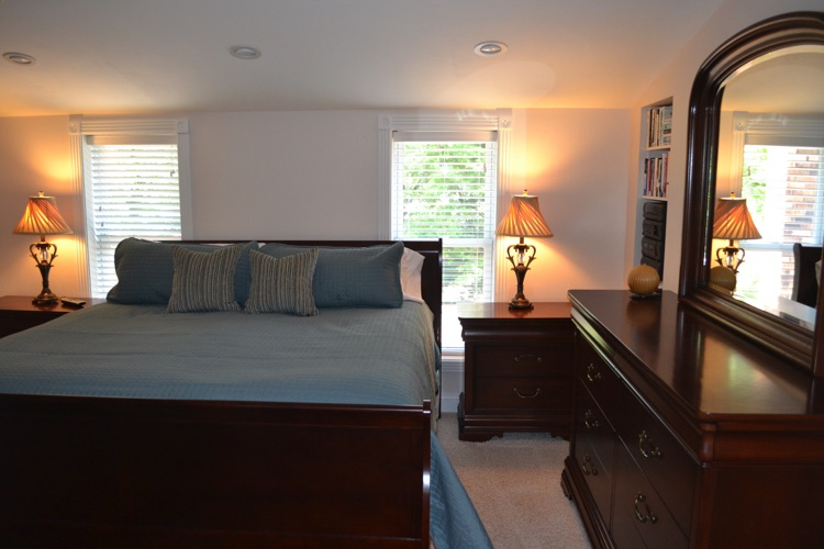 The master suite has a king bed, 40 inch flatscreen, stereo and large bathroom.